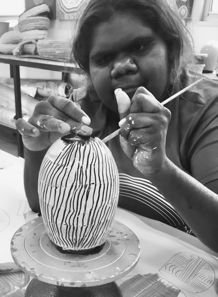 Revealed 2020 Artist Selinda Davidson making a work on glass. Image courtesy and copyright Ninuku Arts